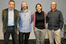 Moncho Ferrer habla en Palma sobre los derechos de las niñas en la India