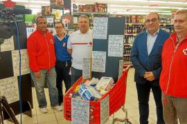 Cruz Roja reparte cada semana en Eivissa bolsas con alimentos a unas 500 personas