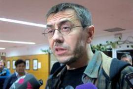 "Monedero dice que Podemos ""tiene probabilidades de gobernar"""