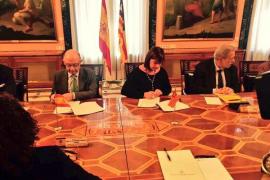 Montoro concede 322 millones a Balears tras reunirse con Armengol