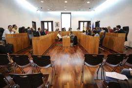 El Ayuntamiento de Vila saca adelante sus presupuestos con el voto en contra del PP