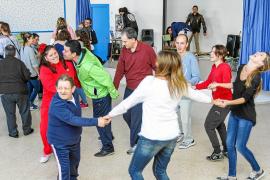 Encuentro intergeneracional para promover la igualdad de oportunidades