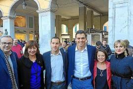 """Pedro Sánchez se compromete a """"atender los problemas de financiación"""" de Eivissa"""