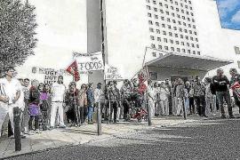 Los trabajadores  Cas Serres dicen estar indignados por la actitud de Marta Díaz