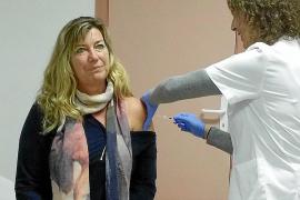 Más de cien mil personas ya se han vacunado contra la gripe