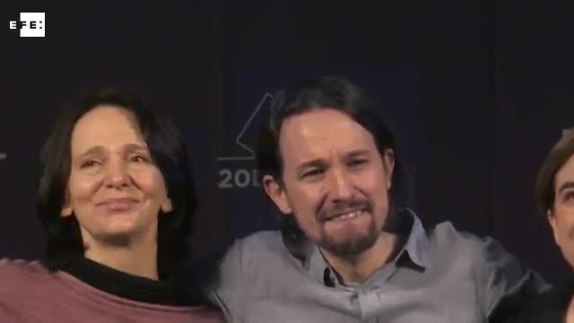 Iglesias rompe a llorar tras el mitin de Podemos en la Caja Mágica