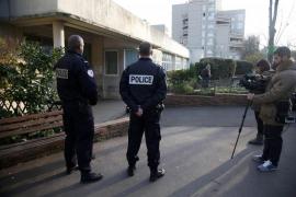 El profesor francés agredido reconoce que inventó que su atacante era yihadista