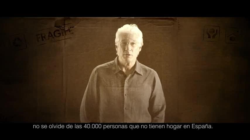 Richard Gere exige al próximo presidente de España que atienda a las personas sin hogar