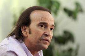 Álvaro Urquijo, hospitalizado