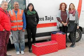 Bienestar Social dona ropa térmica para personas sin hogar