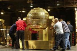 Este año la Lotería de Navidad repartirá 2.240 millones, la misma cantidad que en 2014
