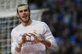 El Real Madrid golea a un Rayo con nueve jugadores