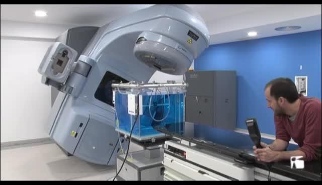 VÍDEO: El hospital Can Misses ya ha realizado las dos primeras consultas de radioterapia