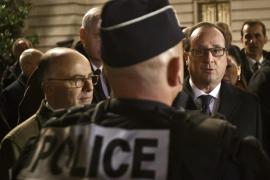"""Hollande alerta de que la """"amenaza sigue ahí"""" al despedir el año más duro"""