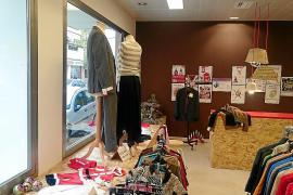 Cáritas estrena nueva tienda solidaria
