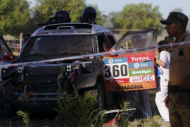 Un accidente en el Dakar deja ocho heridos, entre ellos niños y una embarazada