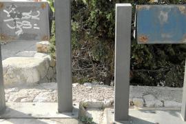 Vila sustituirá en breve 117 paneles informativos de las murallas de Dalt Vila