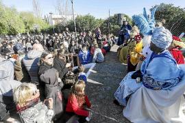 Globos con deseos en Jesús y Puig d'en Valls