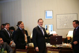 Rajoy ve a Sánchez «capaz» de hacer una coalición a ocho con independentistas