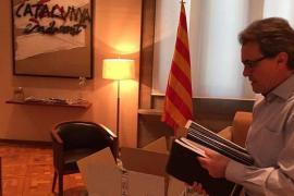 Mas deja su despacho de la Generalitat con «serenidad de espíritu»