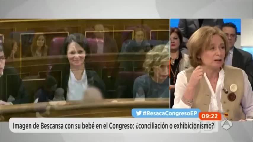 Pilar Cernuda insinúa que los diputados de Podemos huelen mal