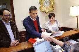 El PSOE no quiere «perder ni un minuto» y presenta sus primeras 17 iniciativas