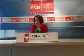 Sofía Hernanz se compromete a pedir a Interior más policías para las Pitiüses