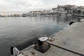 Todos los partidos se reúnen hoy para llegar a un acuerdo sobre el puerto de Vila
