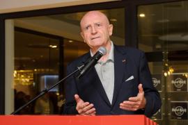 Abel Matutes Juan recibirá el galardón 'Importante del Turismo SKAL'