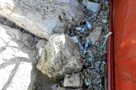 El Govern retirará la basura acumulada en Sant Antoni tras el último temporal