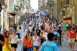 Diez mil inmigrantes se han marchado de Balears en un año