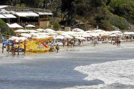 Ocio de Ibiza alerta de un desplome del empleo en Sant Josep por la nueva política de playas