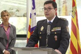 Palmer preside en Eivissa la toma de posesión del nuevo comisario local, José Luis Garau