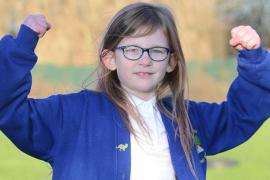 Olivia Farnsworth, una niña británica de 7 años que no siente dolor, hambre ni sueño