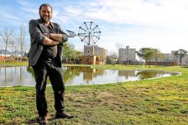 «Uno de los motores de la economía agrícola son las empresas de maquinaria»