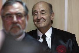 Roca: «La resolución de la Audiencia se aparta de la literalidad de la ley»