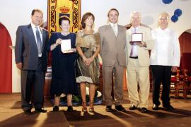 Homenaje de oro para Ca n'Alfredo y Can Vadell