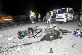 Un motorista ingresa en estado grave tras ser atropellado frente a Eiviss Garden
