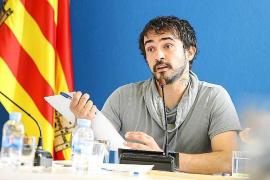 Valdés responde que el PP portmanyí pasó gastos «a puñados» durante años