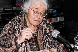 Llanos Lozano, escritora del mes en Can Ventosa