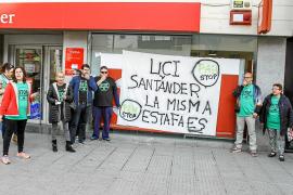 La PAH-Eivissa retoma sus protestas activas contra la «usura» de los bancos