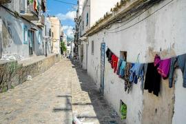 Vila buscará alternativas para todas las familias que desalojen de sa Penya