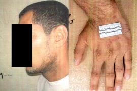 Cerca de 200 fotografías publicadas por el Pentágono podrían probar maltratos a prisioneros en Irak y Afganistán