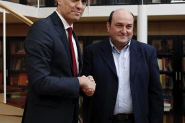 Sánchez ve «mimbres para que se pueda construir una alianza progresista de cambio»