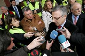 Blanco: «El Ministerio de Fomento no es una compañía aérea ni una agencia de viajes»