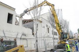 Comienza el derribo del edificio de sa Graduada donde se construirán los juzgados
