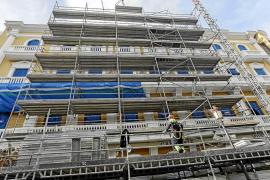 Comienza la reforma del interior del hotel Montesol y la rehabilitación de la fachada