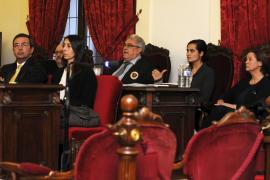 El fiscal pide la condena de las tres acusadas por el asesinato de Carrasco