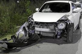 Un conductor da positivo por drogas y alcohol tras sufrir un grave accidente en Sant Josep