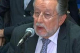 Alfonso Grau asegura que nunca ha  tenido capacidad de contratación